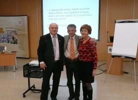 Kulcsember-képzés novemberben is a Molnár-ágon