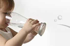 """Miért fontos számunkra a """"Lourdes"""" víz fogyasztása?"""