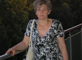 Eldobta a sérves botját – Gyevát Sarolta Reg-Enor sztorija