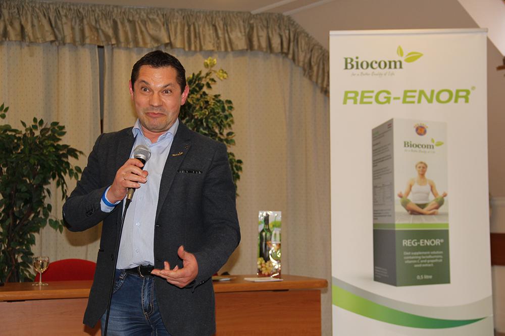 Az ágvezető, Sinka Gyula a Reg-Enor felvezetéseként az egész Biocomot is ajánlotta