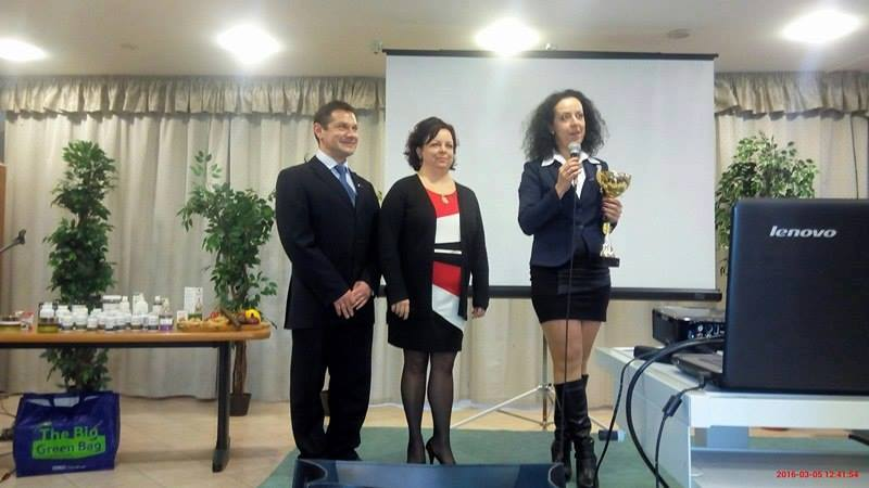 A miskolci ág vezetésével, Sinka Gyulával és Tímeával egy Hónap HV-ja kupával