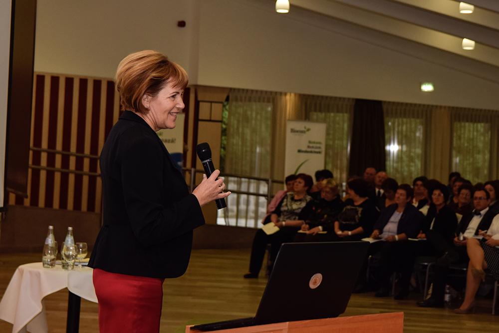 Lőrincz Marika a lényeges vezetői tulajdonságokról beszélt