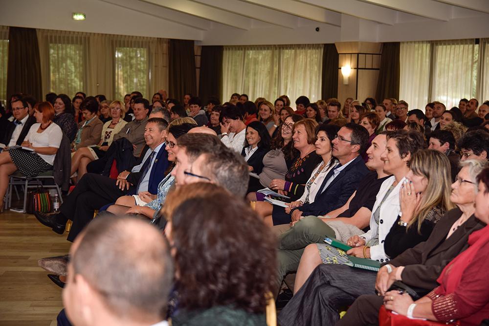 Telt ház és jókedv a nézőtéren - soha ennyien nem voltak még erdélyi Biocom rendezvényen