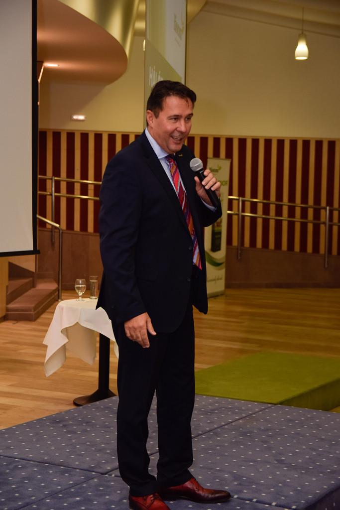 Kovács Zoltán hálózatalapító a változás fontosságáról is beszélt, miközben megköszönte az erdélyi csapat teljesítményét, méltatva sikereiket