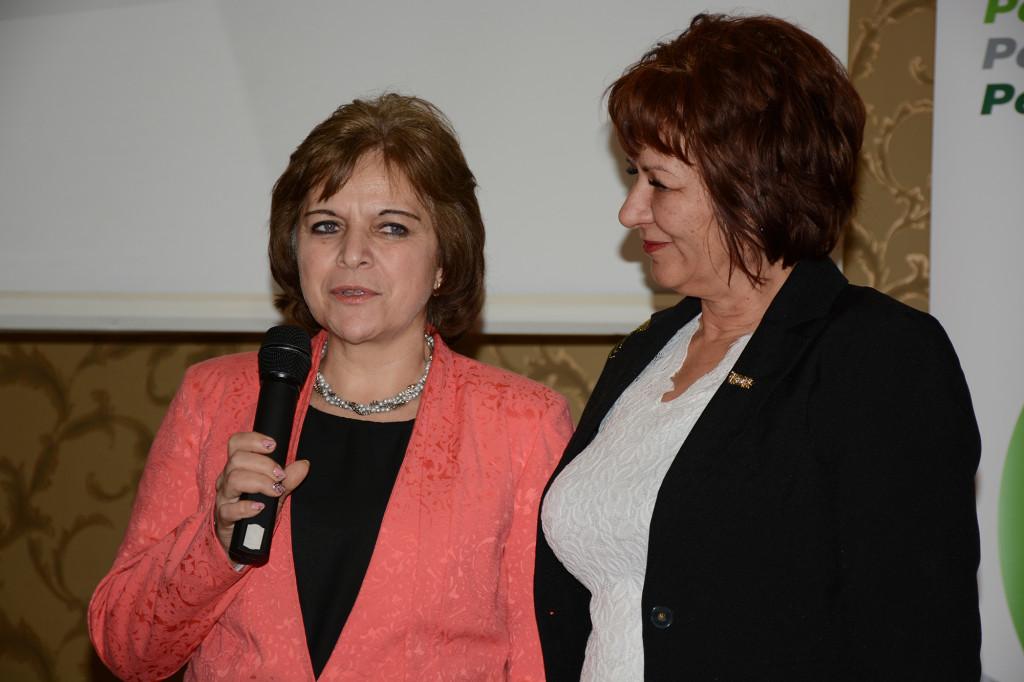 Mátyás Erzsébet (balról), a másik új HV a Turóczi-ágon, szponzorával, Péter Hajnallal