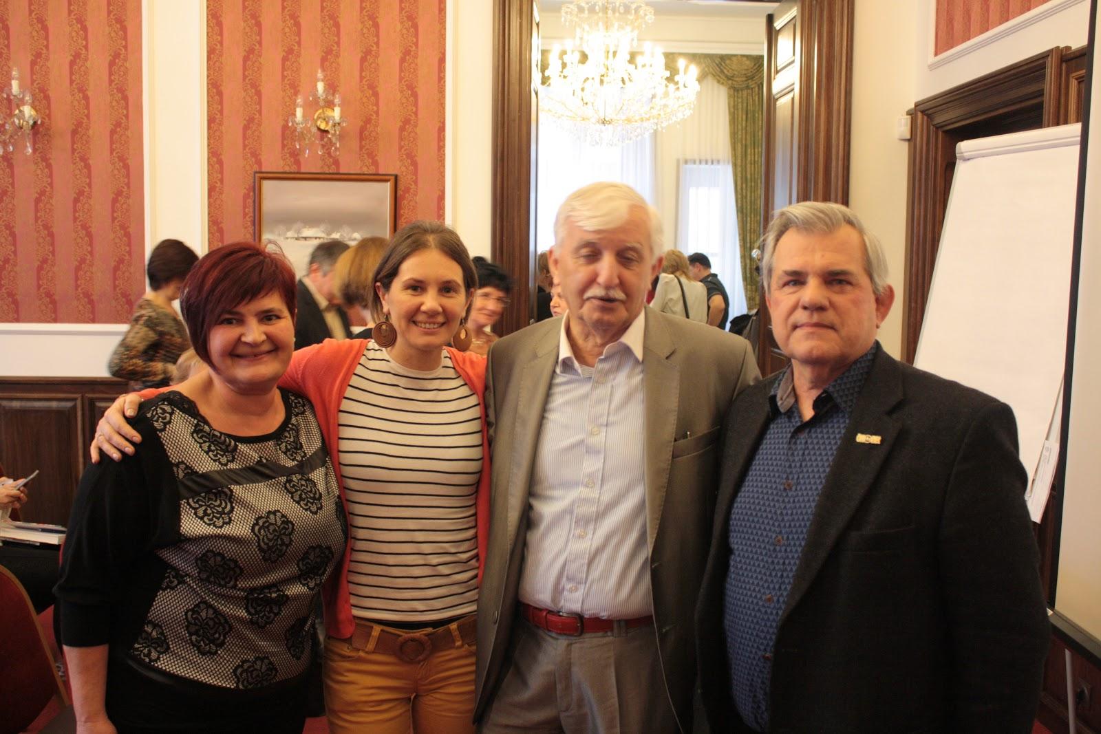 A képen Kosiba Ili, Zsigmond Júlia, Tonk Emil és Kosiba István