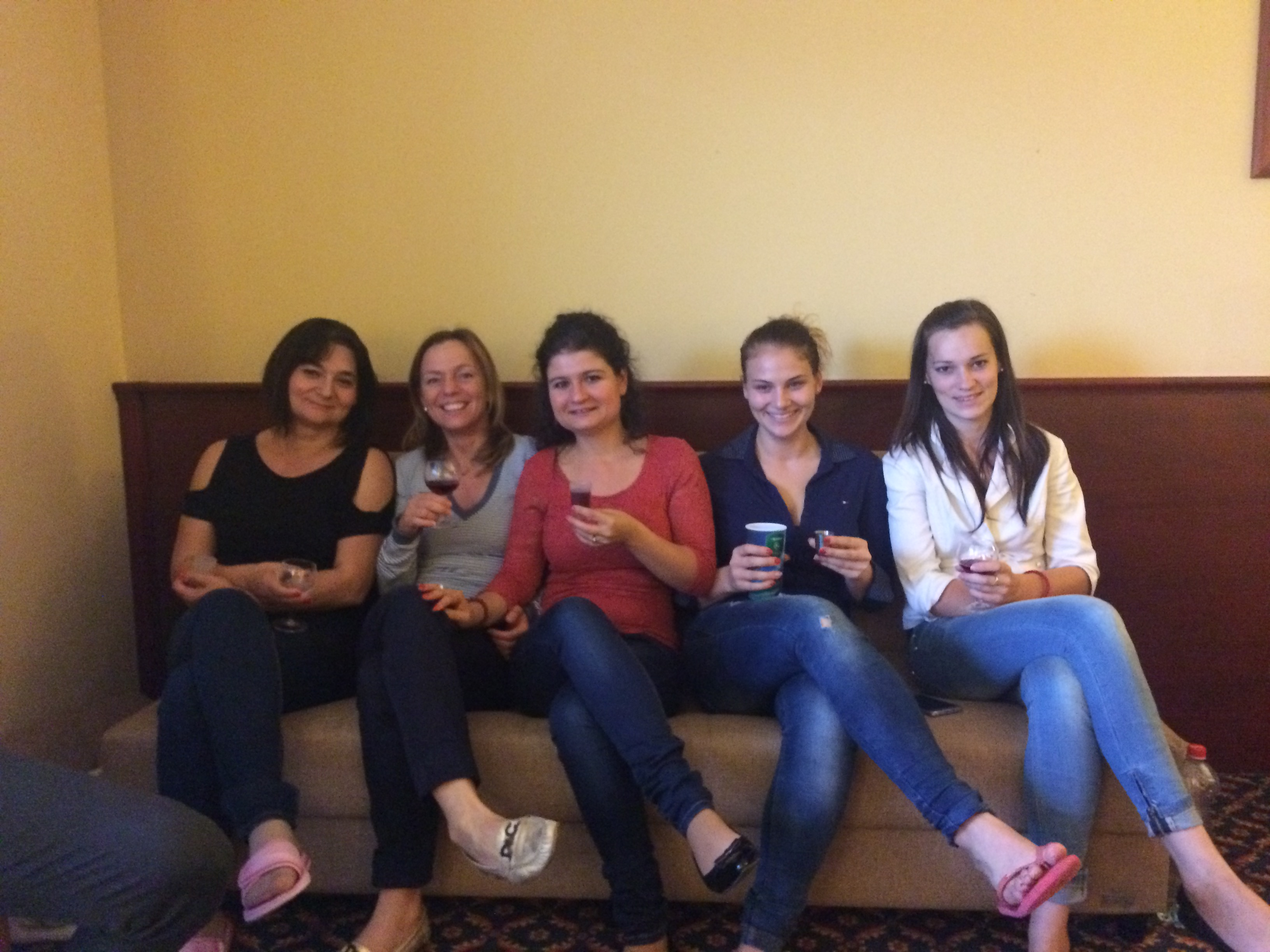 Egy csapatépítős pillanat: szívesen töltik együtt az időt az üzleti történéseken kívül is