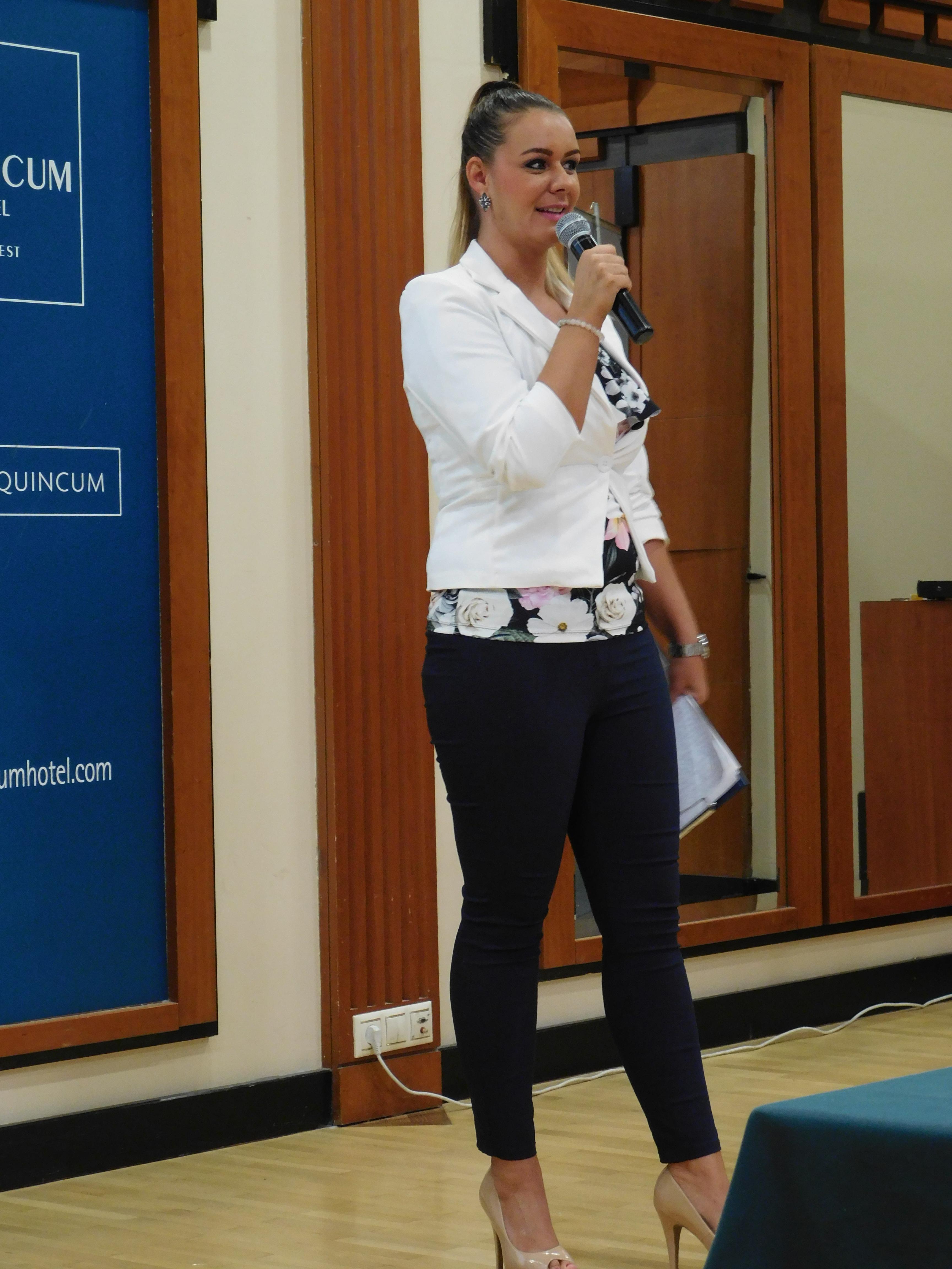 A nap moderátora, az Ezüst Hálózatvezetőként elismert Csordás Anikó volt
