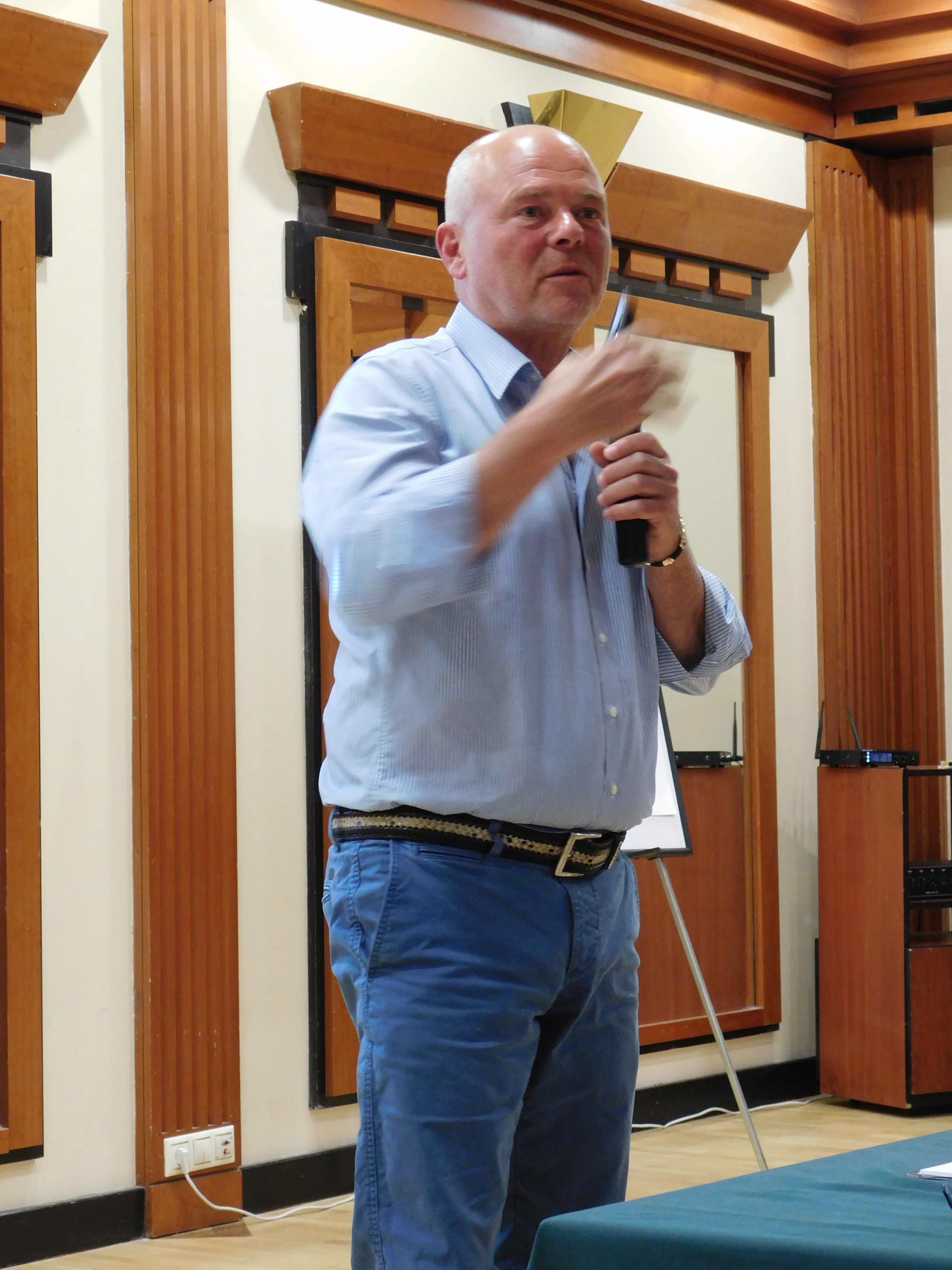 Kónya György ágvezető, Ezüst Hálózatigazgató a további nyári programot ismertette