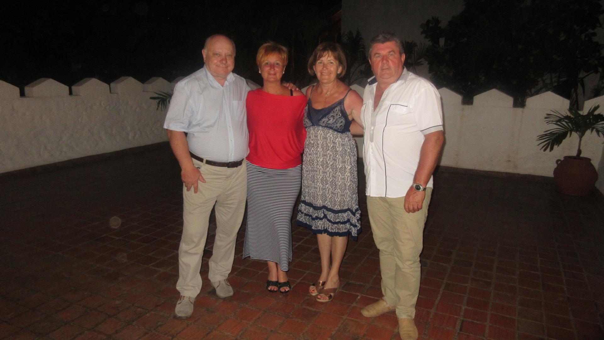A példaképekkel egy kenyai jutalomúton: Lőrincz János, Czentlaki Beatrix, Lőrincz Marika, Czentlaki Zoltán
