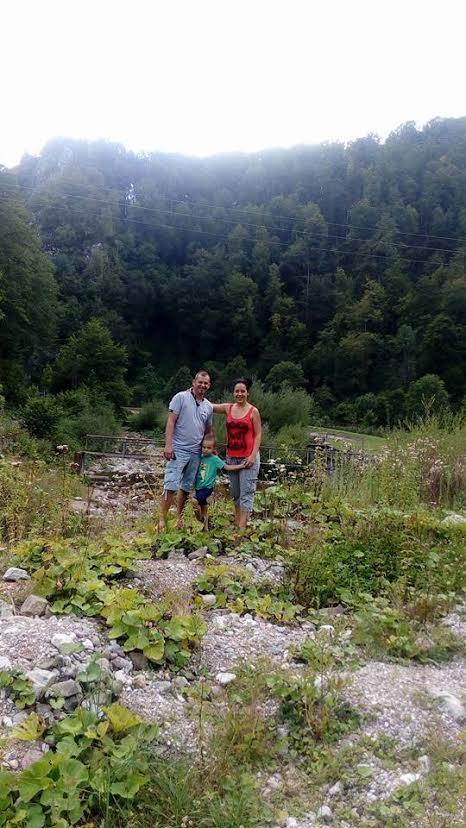 Egy erdélyi kirándulás családi pillanatképe