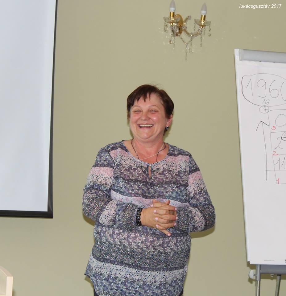 Melegné Liszkai Katalin előadása Kulcsember-képzőn