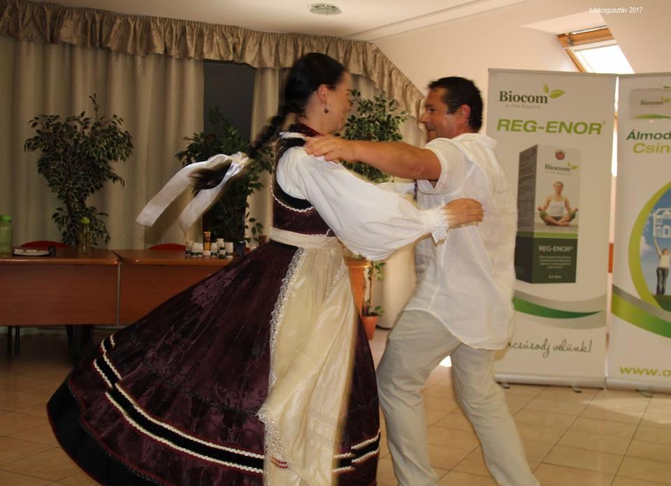 Gyula és Eszter tánca...