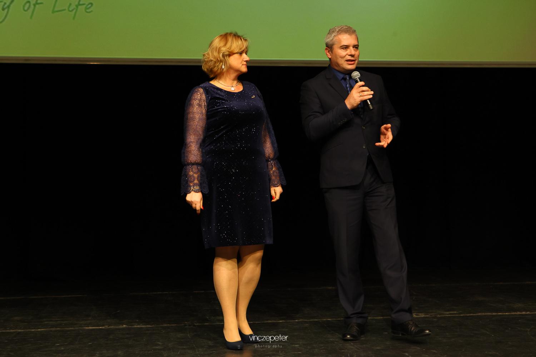 Tóth-Wolford Erika és Tóth Lali (a hálózatban mindenki így becézi) lettek Arany Hálózatvezetők az elmúlt fél évben, a Sinka-Gyuris-ágon