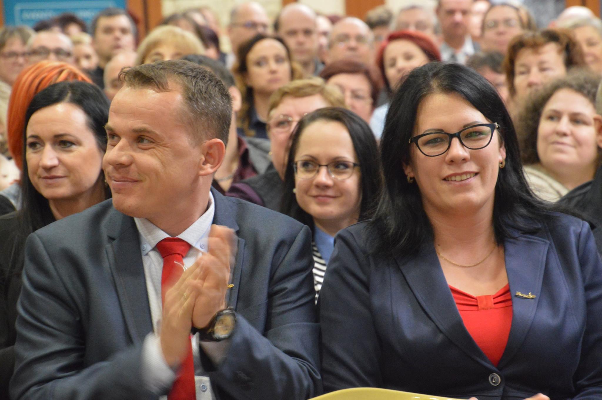 Tasnádi Zsolt és Tasnádiné Szabó Mónika – láthatóan ragyog az emődi nagycsaládos házaspár, és erre minden okuk megvan, igaz tesznek is érte bőven…