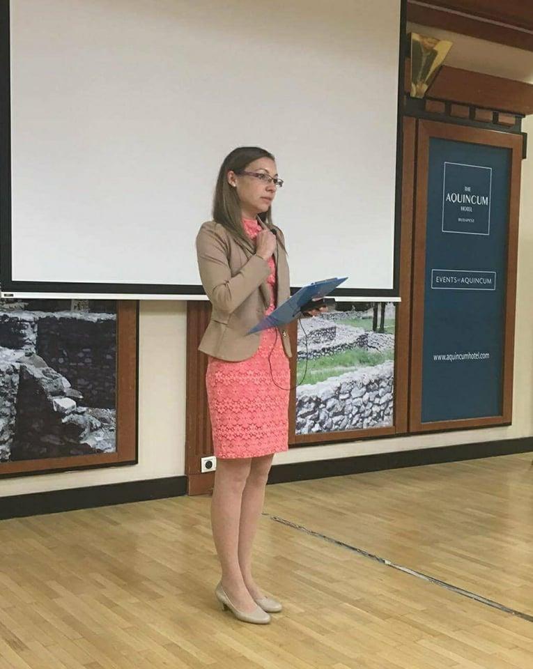 Pálfi Rita, a Gazdag-ág hálózatvezetője, a nap háziasszonya, aki előadásában kiemelt: a Biocom lehetővé teszi, hogy a saját céljaikért dolgozzanak