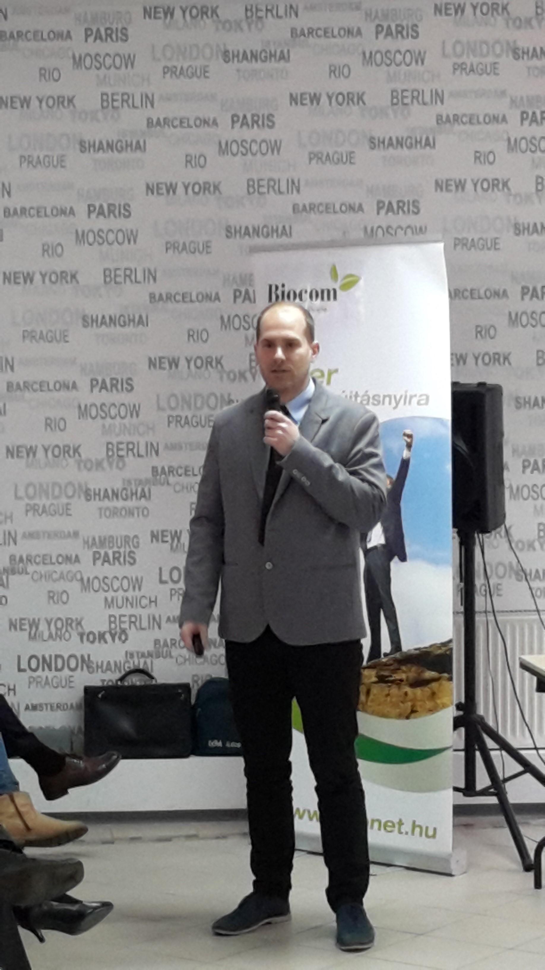 Dr. Asztalos László a problémaelemzés mellett a Reg-Enor kúrát méltatta