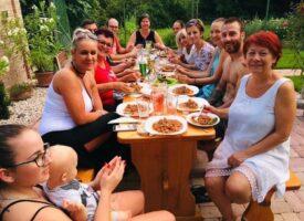 Csapatépítő kerti parti a TM Team-ben, Csordás-csapatban