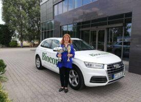Hit, akarat, kitartás – ezek voltak Szabóné Balla Bernadett kulcsszavai a céges autó felé vezető úton is a Tóth-Wolford Team tagjaként