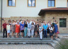Aktív nyár, kulcsember-képzésekkel a Szabó-Gyarmati csapatban: Vecsésen és Tihanyban képezték és ismerték el a munkatársakat...