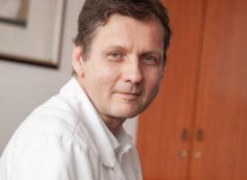 A testtömeg-csökkentés fejben dől el, de tenni is kell érte – vallja dr. Simonyi Gábor osztályvezető főorvos, termékfejlesztő