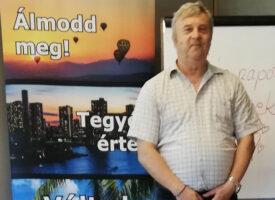 Szellemi és anyagi fejlődést, egészséget is nyújt a Biocom dr. Szabó László szerint, aki HV lett a Lőrincz-ágon, a Bress-csapatban